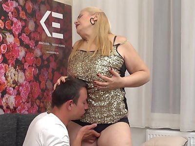 Adult amateur granny gets fucked by a younger stud with a large cock