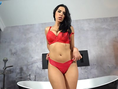 Russian brunette with big natural boobs Kira Queen gives a blowjob and titjob